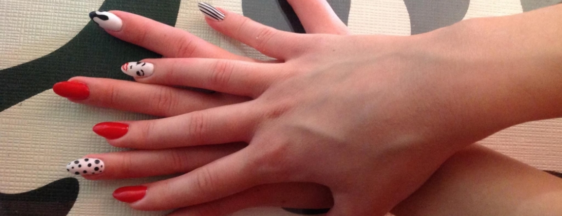 Elena's Beauty Salon and Fantasy Nails, маникюрный салон Elena's в Пафосе